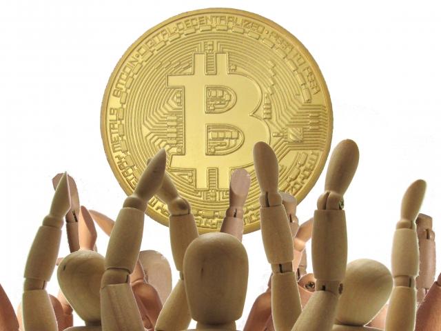 仮想通貨に群がる