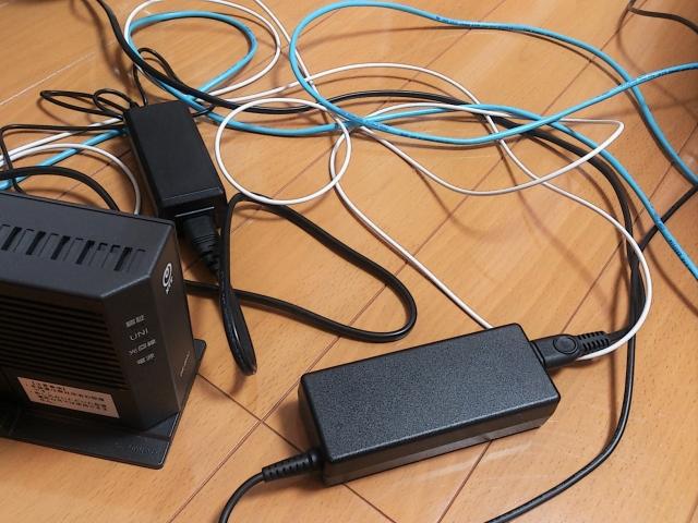 LANケーブルと配線